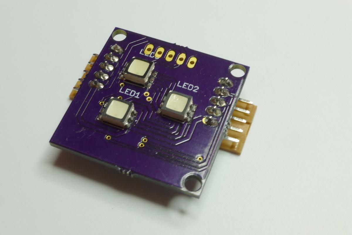 PLCC6-RGB-LEDs auf dem Board