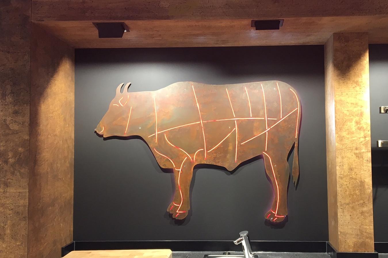 Hinterleuchtete LED-Kuh
