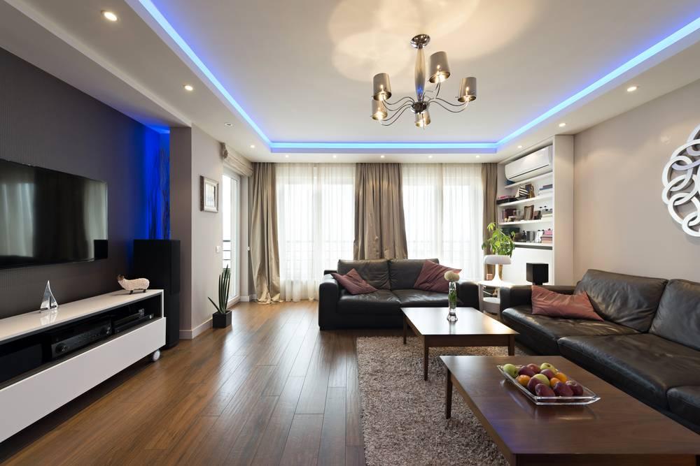 Indirekte Beleuchtung Wohnzimmer, blau